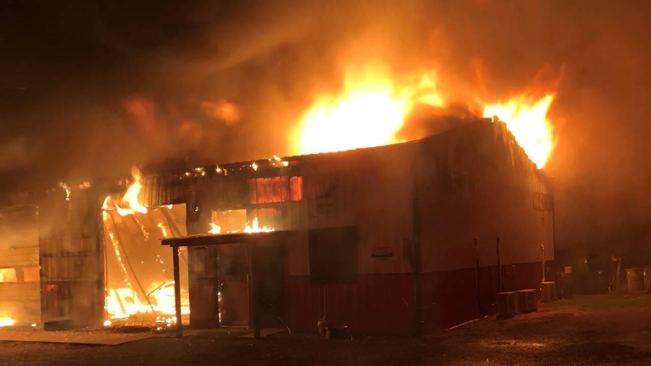 Fire Destroys Tire & Lube Shop In Keys