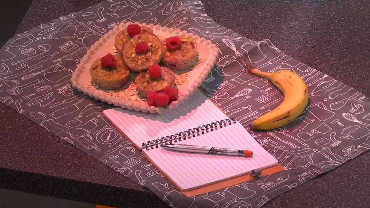 Healthy Banana Raspberry Oatmeal Muffins