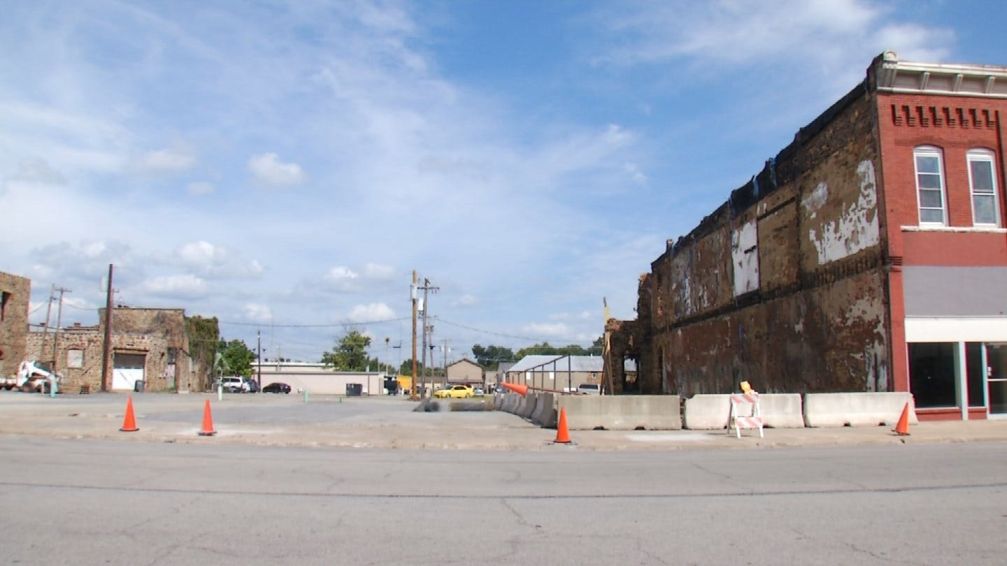 Remains Of Destroyed Buildings Cleaned Up Ahead Wagoner Bluegrass And Chili Festival