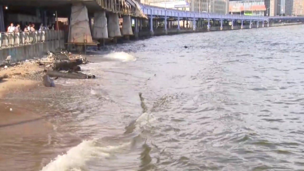 Police: Oklahoma Couple Pull Baby's Body From Water Near NYC's Brooklyn Bridge