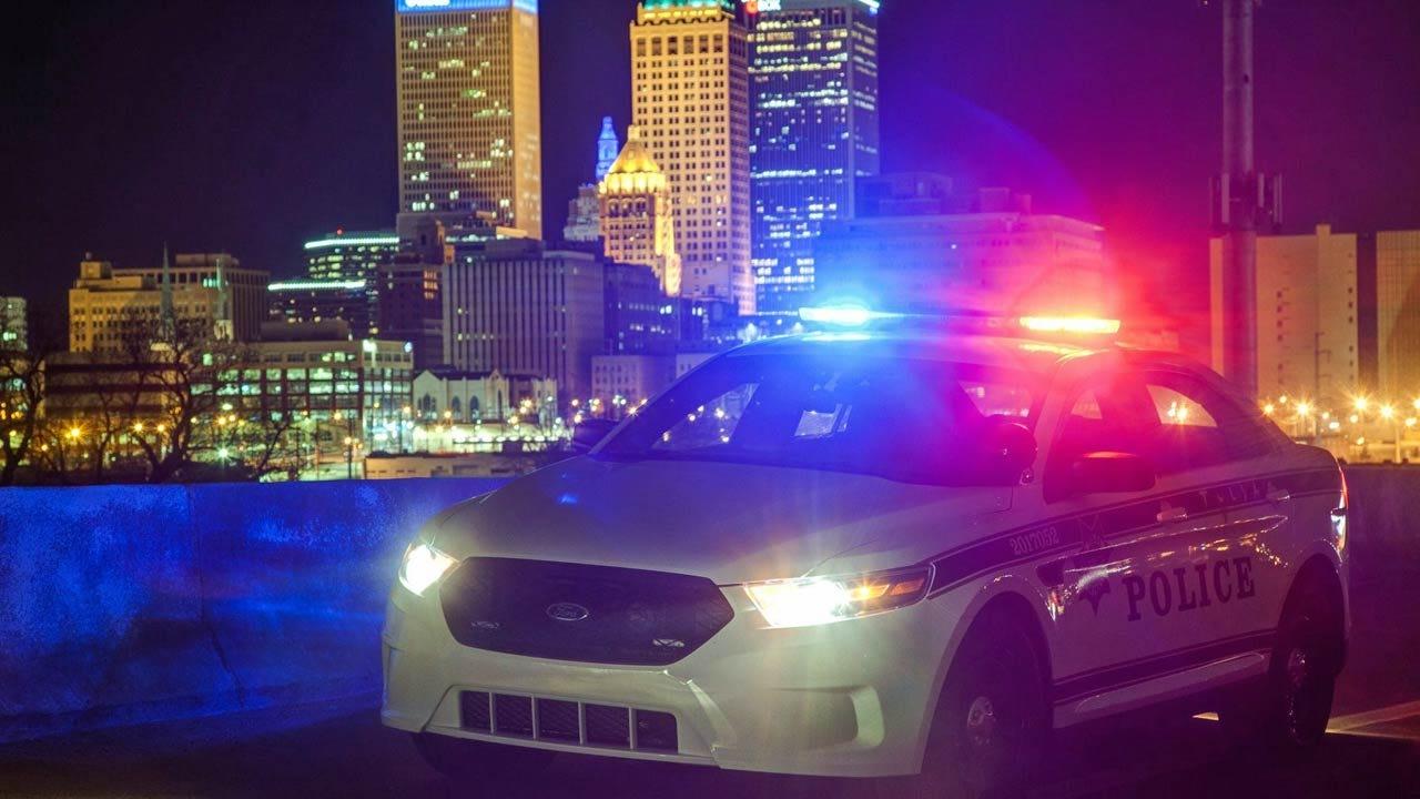 Tulsa Police: Man Robbed, Threatened With Machete