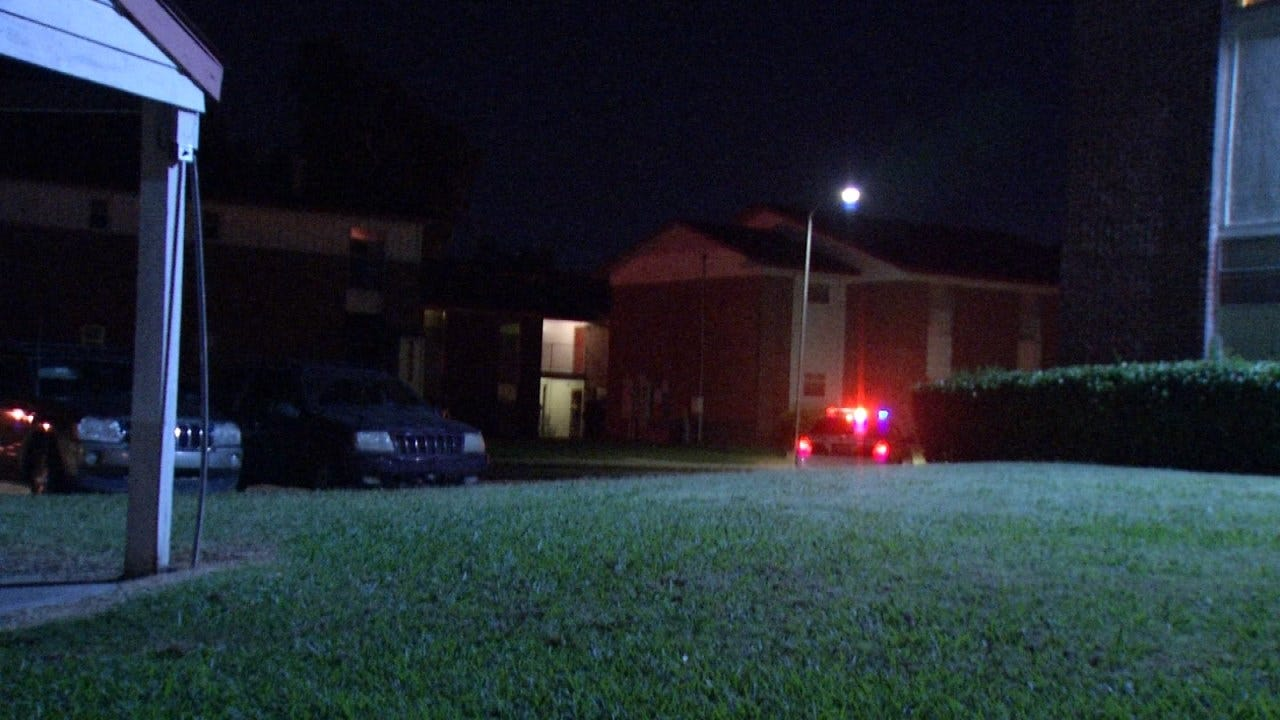 2 Armed Robberies In 10 Minutes At Same Tulsa Apartment Complex