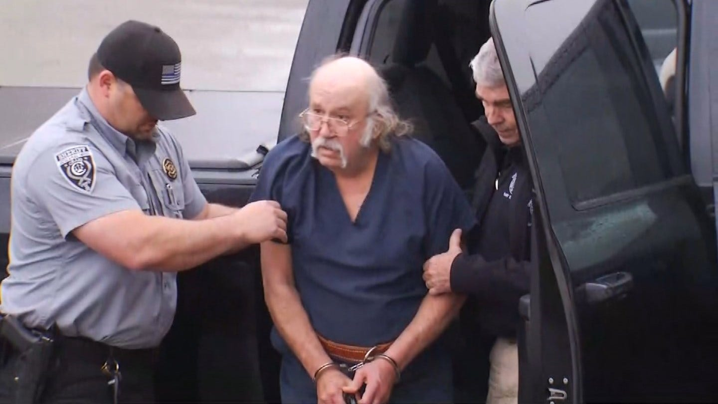 Man Charged In 1999 Craig County Murders Appears In Court