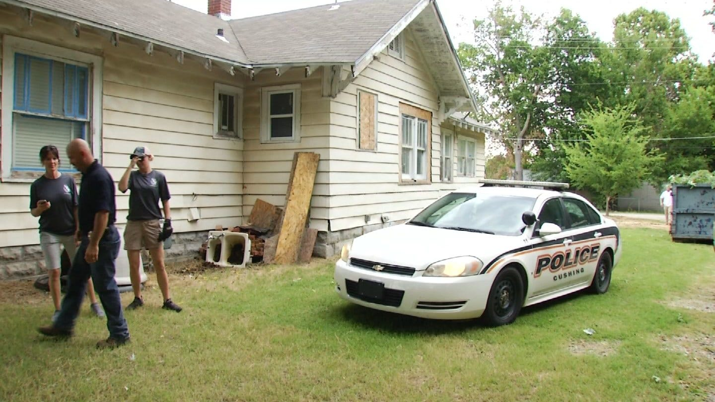 Police, Cadets From Across Green Country Clean Up The Outsiders House