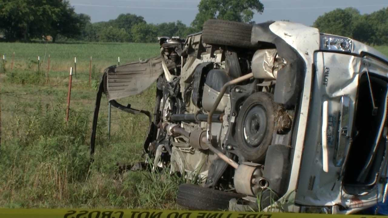 Man Killed In Rogers County Rollover Wreck