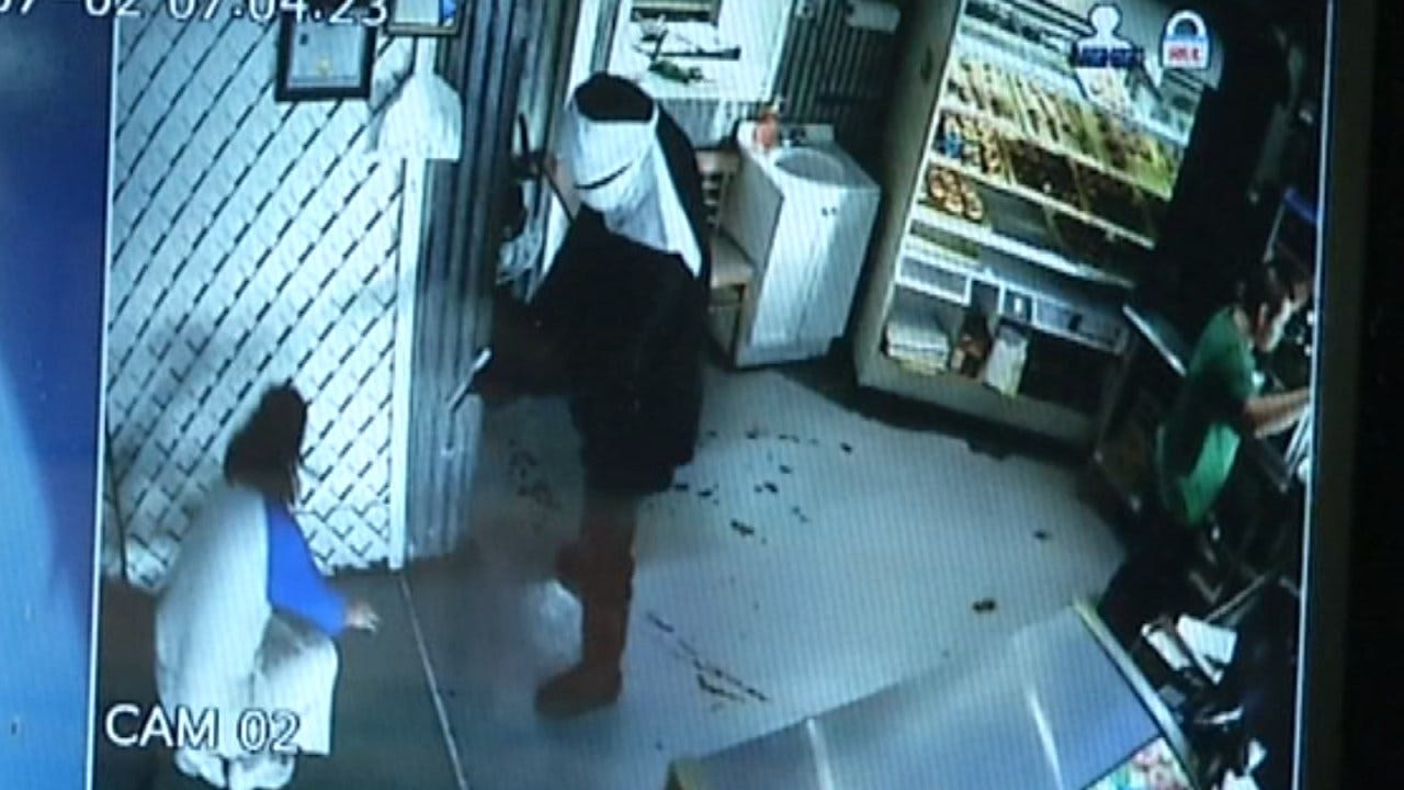 Takeover-Style Robbers Suspected Of Hitting Multiple Tulsa Businesses