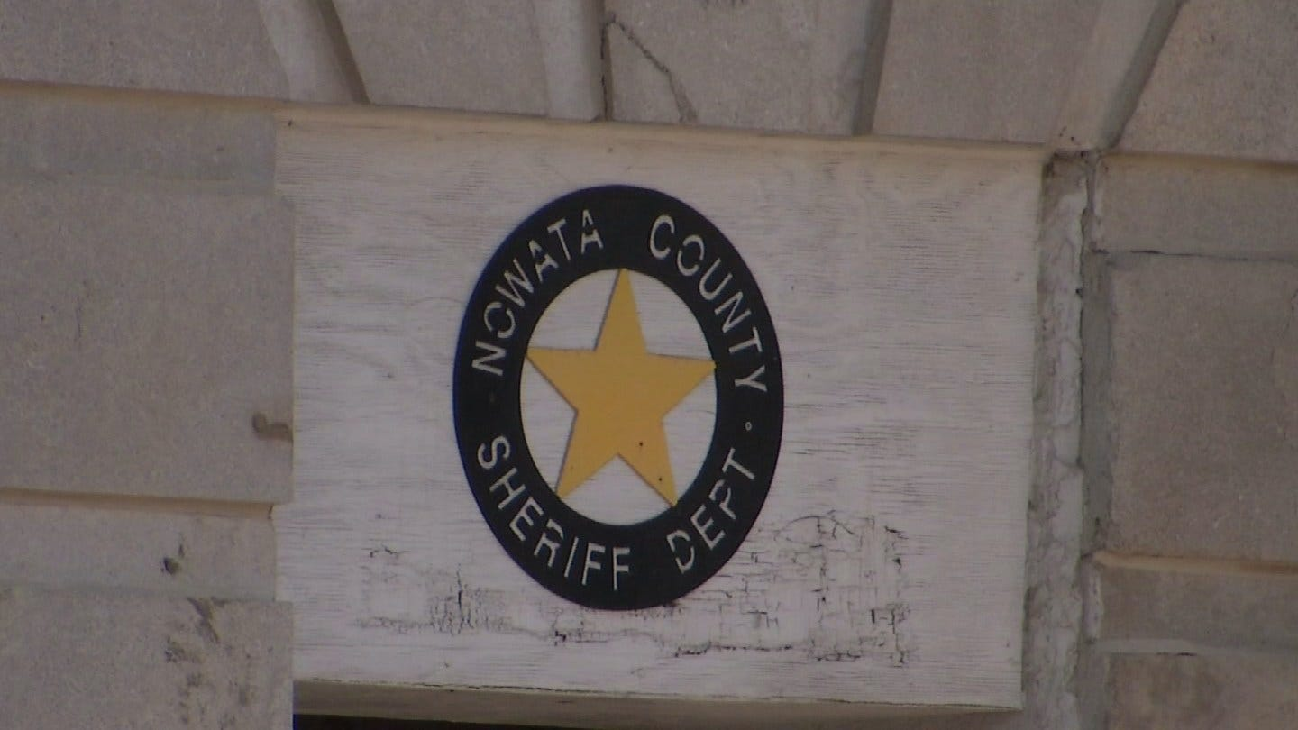 Emergency Dispatcher Accused Of Sleeping On The Job In Nowata County