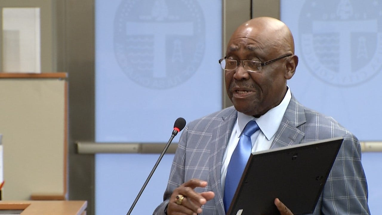 Terence Crutcher's Dad Urges Tulsa Implement Policing Reforms