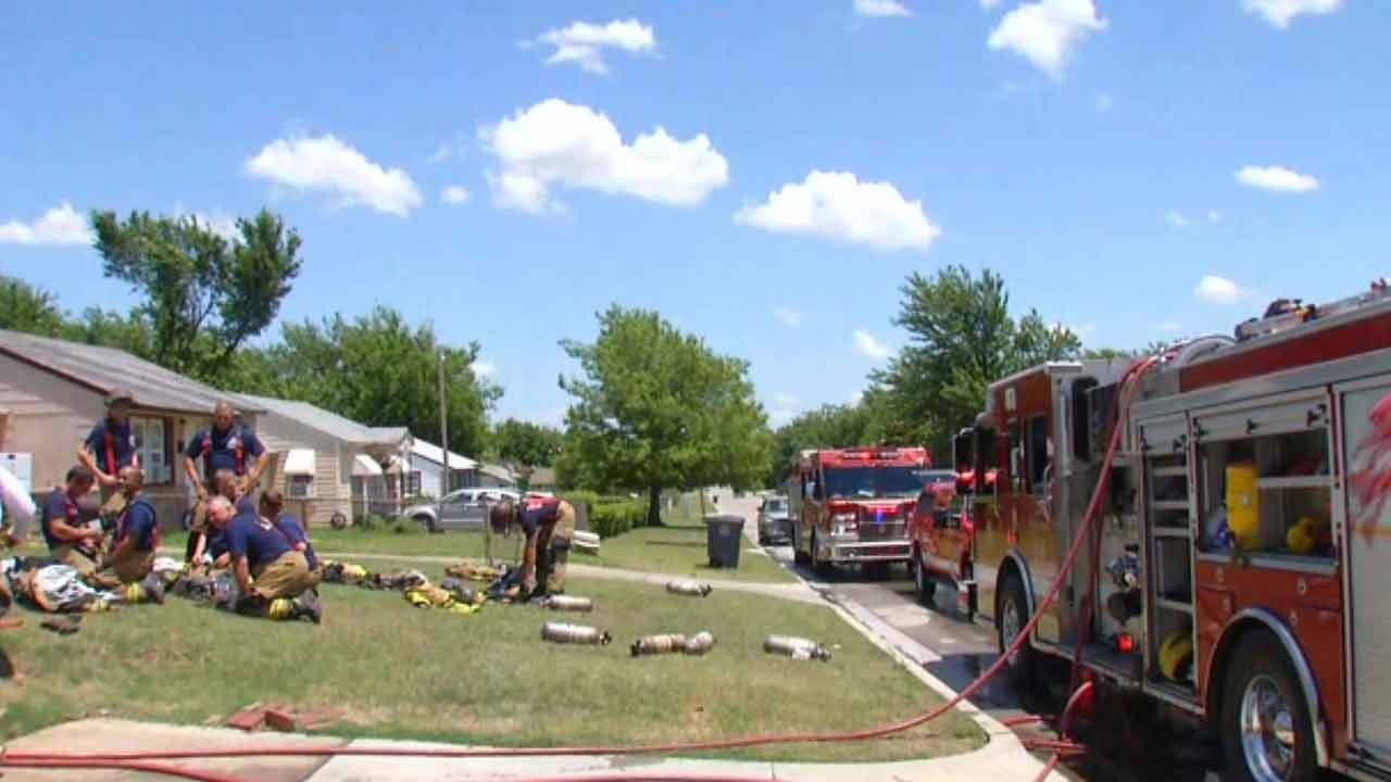Elderly Man Escapes Tulsa House Fire