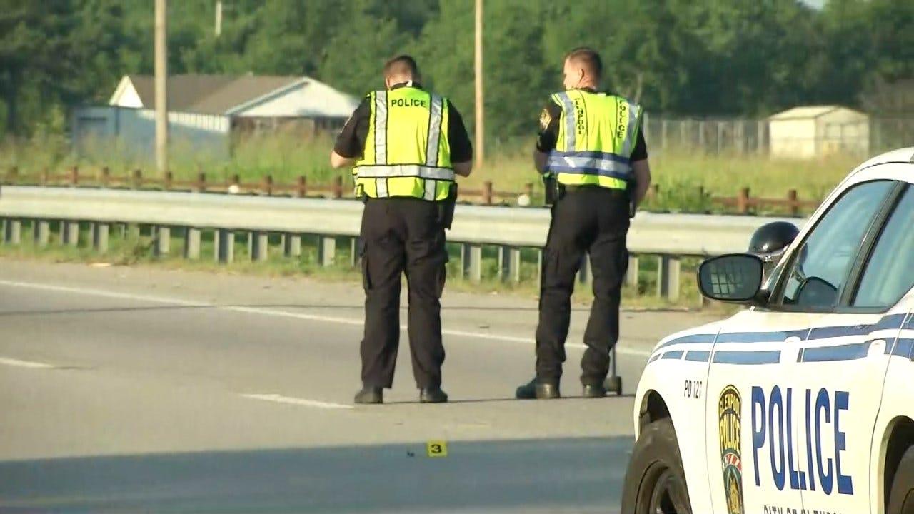 Glenpool Man, 24, Killed Running Across Highway 75
