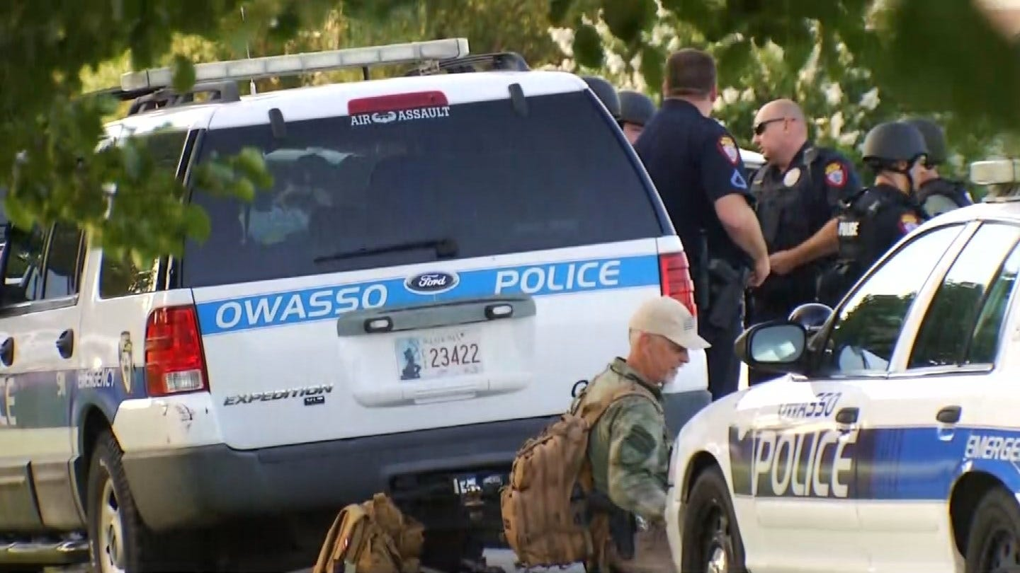 Deputies: Owasso Standoff Ends With Man Taking His Own Life