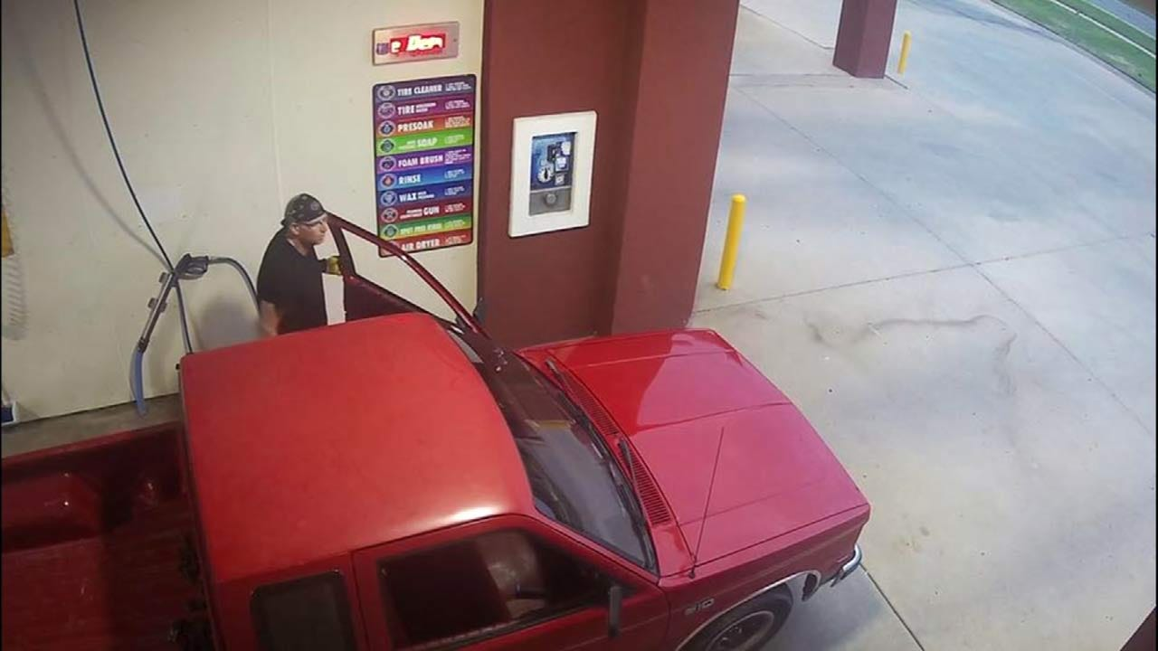 Burglar Suspected Of Hitting Car Washes In BA, Owasso, Skiatook, Tulsa