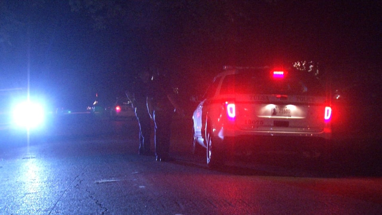 Armed Men Rob Tulsa Couple Eating In Their Car, Police Say