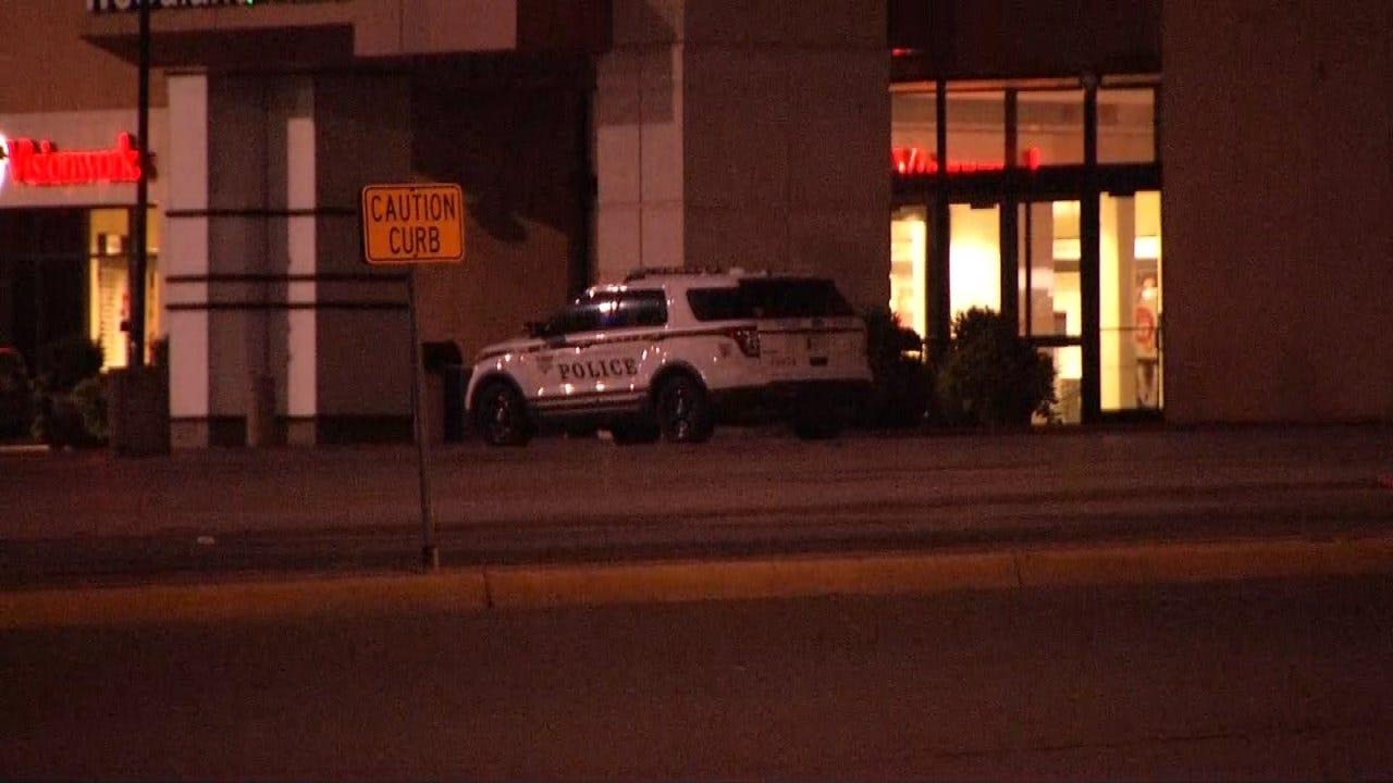 Police Investigate Burglary At Tulsa Mall's Apple Store