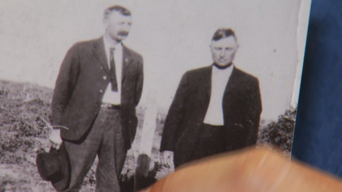 Family In 80-Year-Old Cold Case Thanks Depew Police Chief