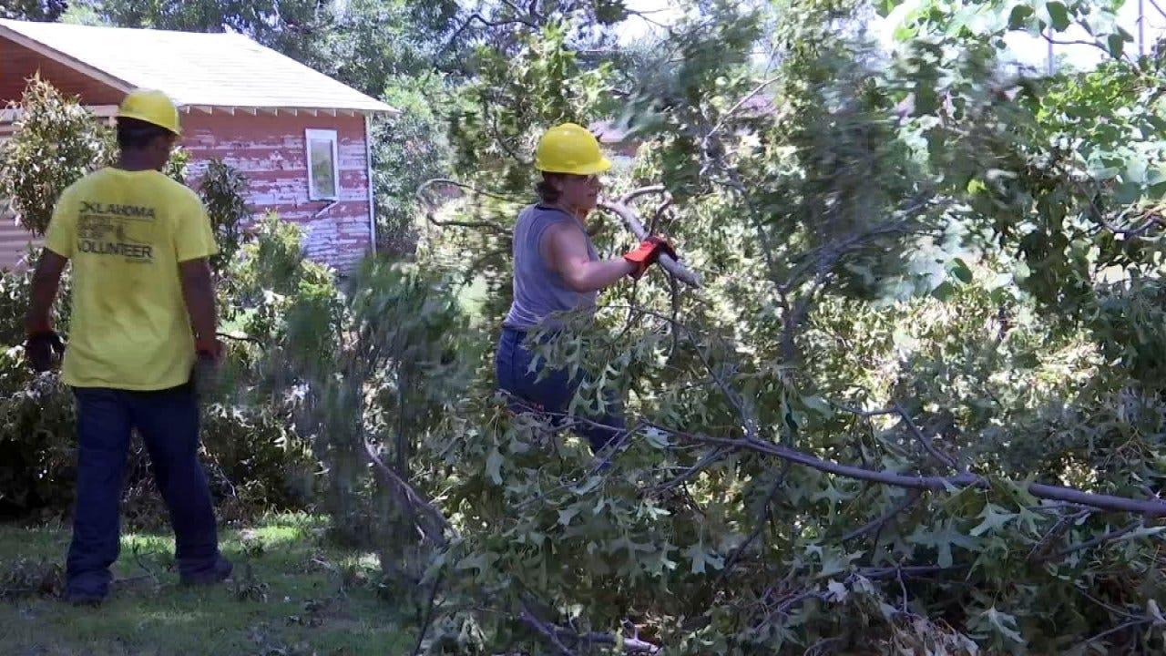 Volunteers Helping With Okmulgee Storm Cleanup