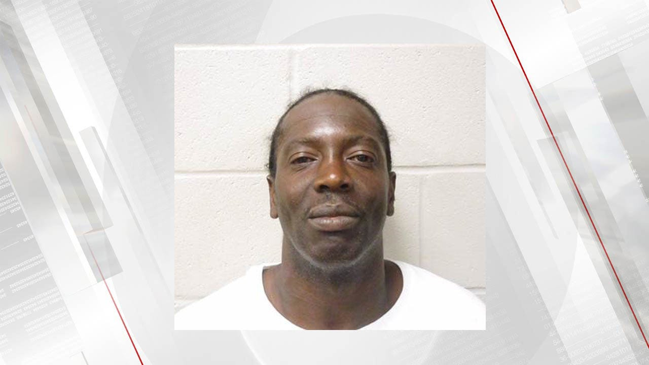 Bartlesville Man Arrested After Attacking Vehicles With Ax