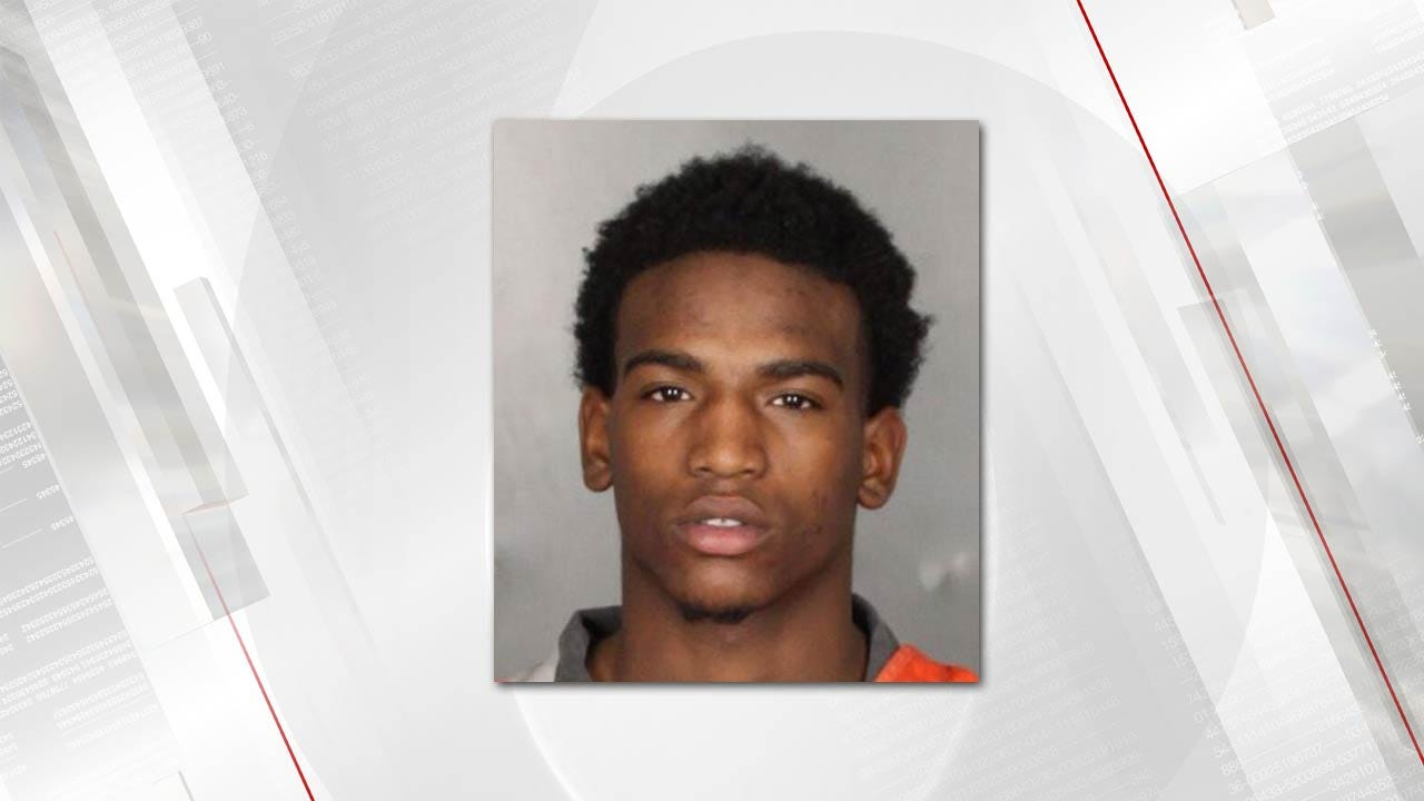 Ex-Oklahoma Football Player Sentenced To 18 Years For Robbery