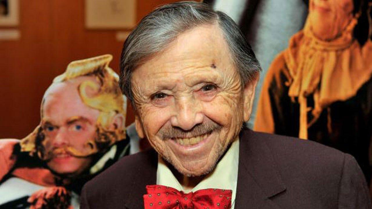 "Jerry Maren, Last Surviving ""Wizard Of Oz"" Munchkin, Dead At 98"