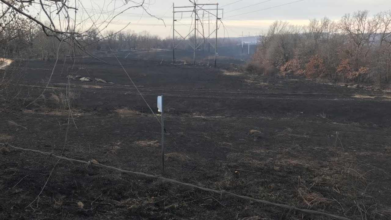 Police Look For Arson Suspects In Wildfires Near Sand Springs