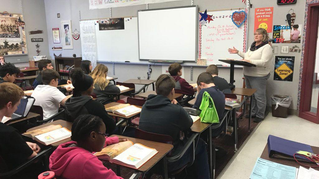 Oklahoma Lawmakers Working On New Plan For Teacher Raises