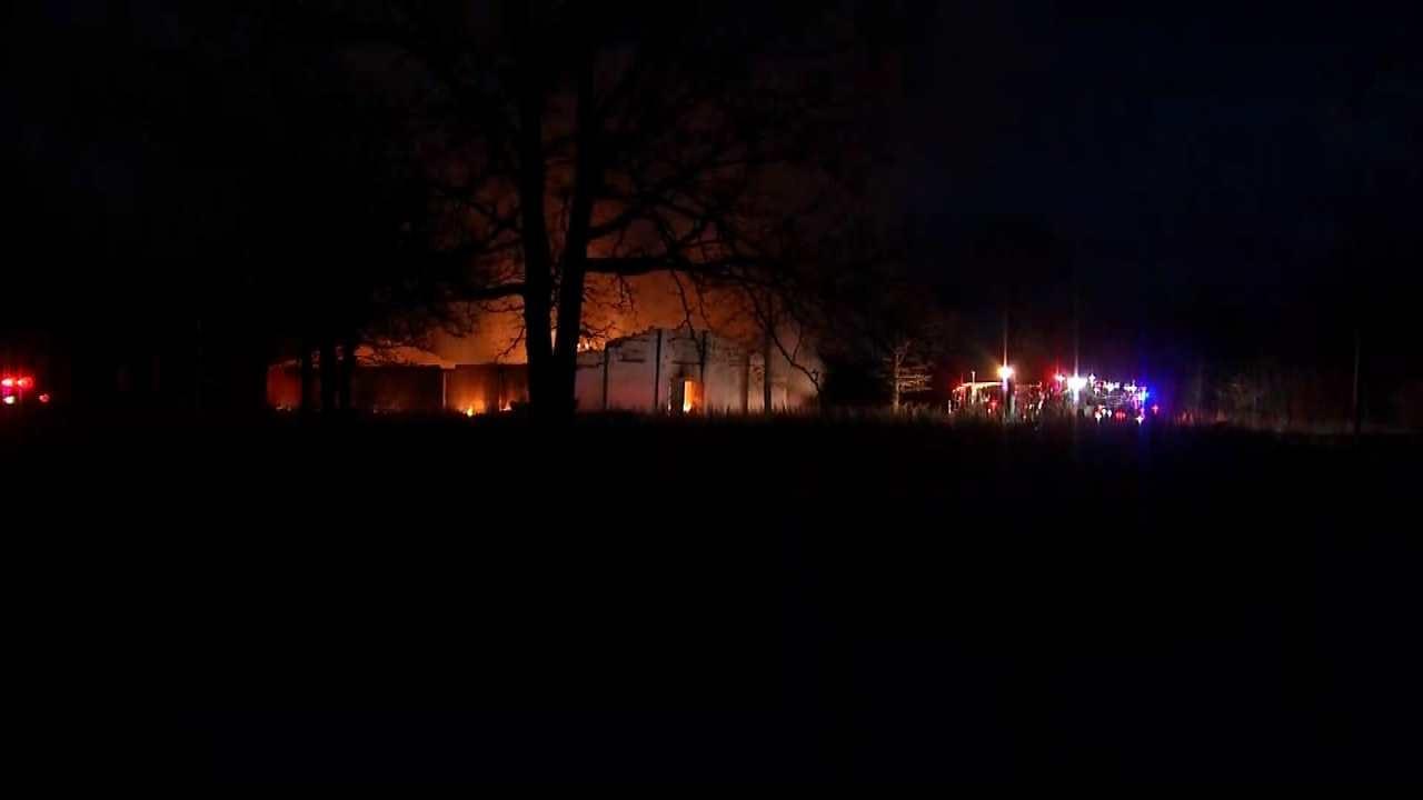 Sapulpa Crews Fight Abandoned Church Fire
