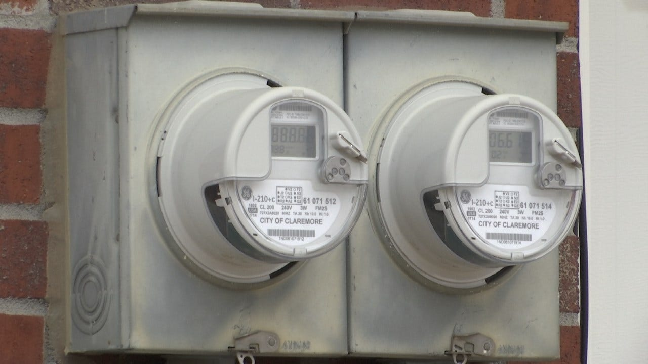 Claremore Residents Frustrated By High Electric Bills Petition For Audit
