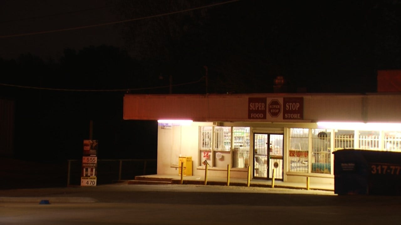 Clerk Pepper Sprays Would-Be Robbers At Tulsa Convenience Store
