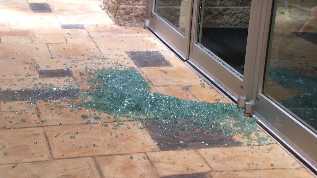 Police: Rock Used To Break Glass Door At Tulsa Federal Credit Union Office