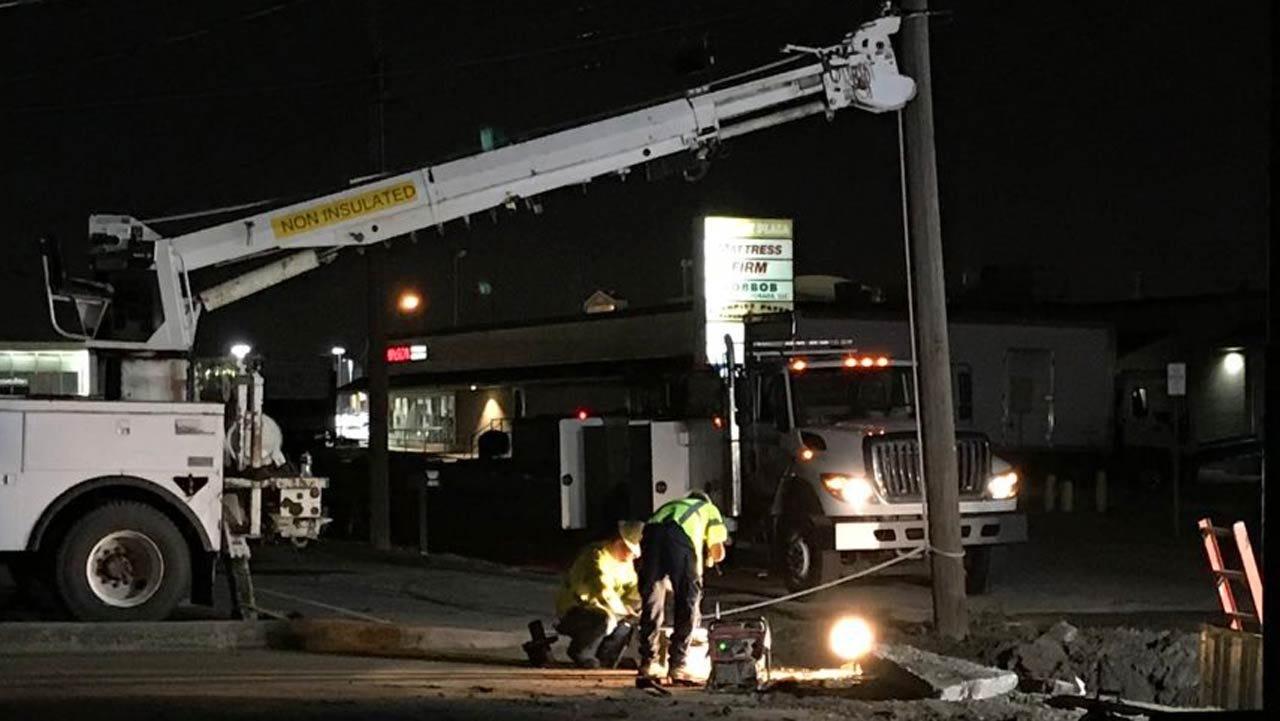 Crews Repair Tulsa Water Line Break