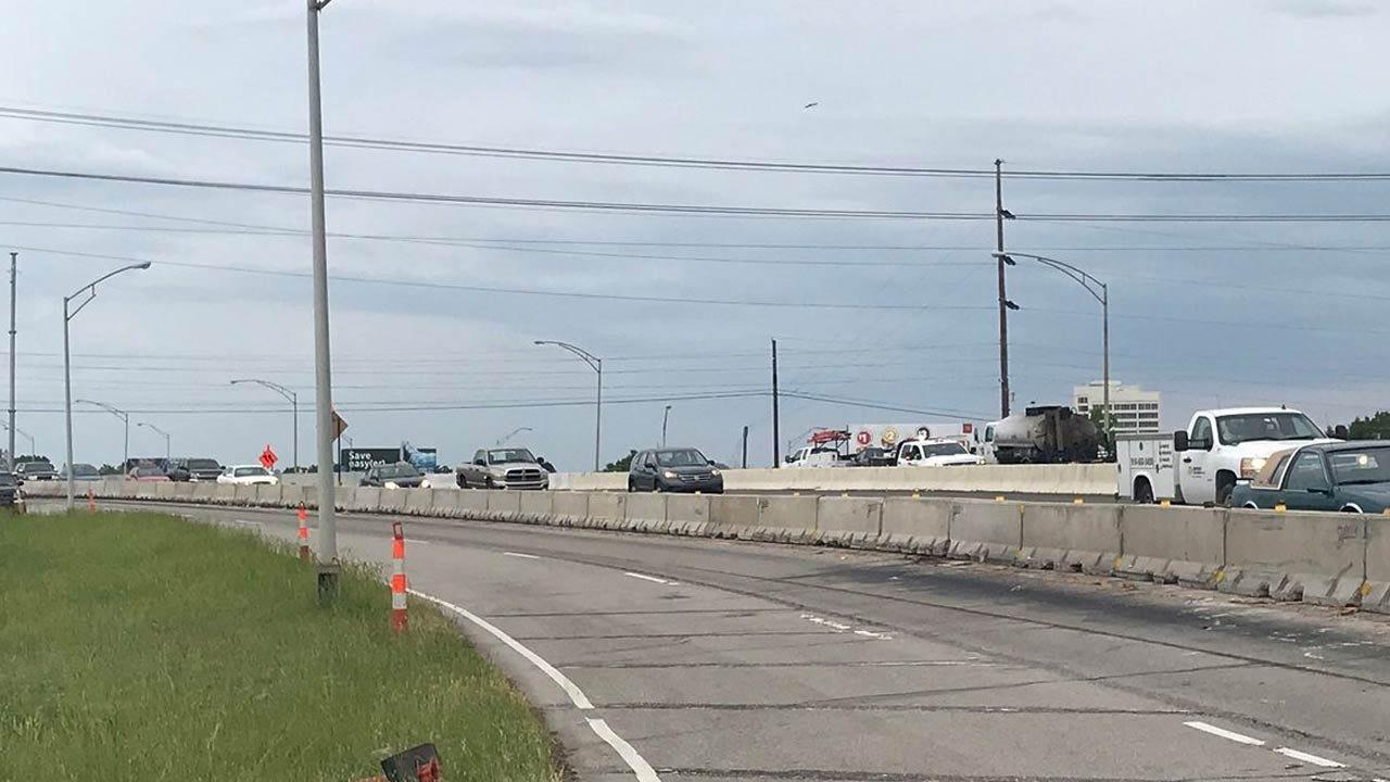 Lanes Shift On BA Expressway Bridge Reconstruction Project