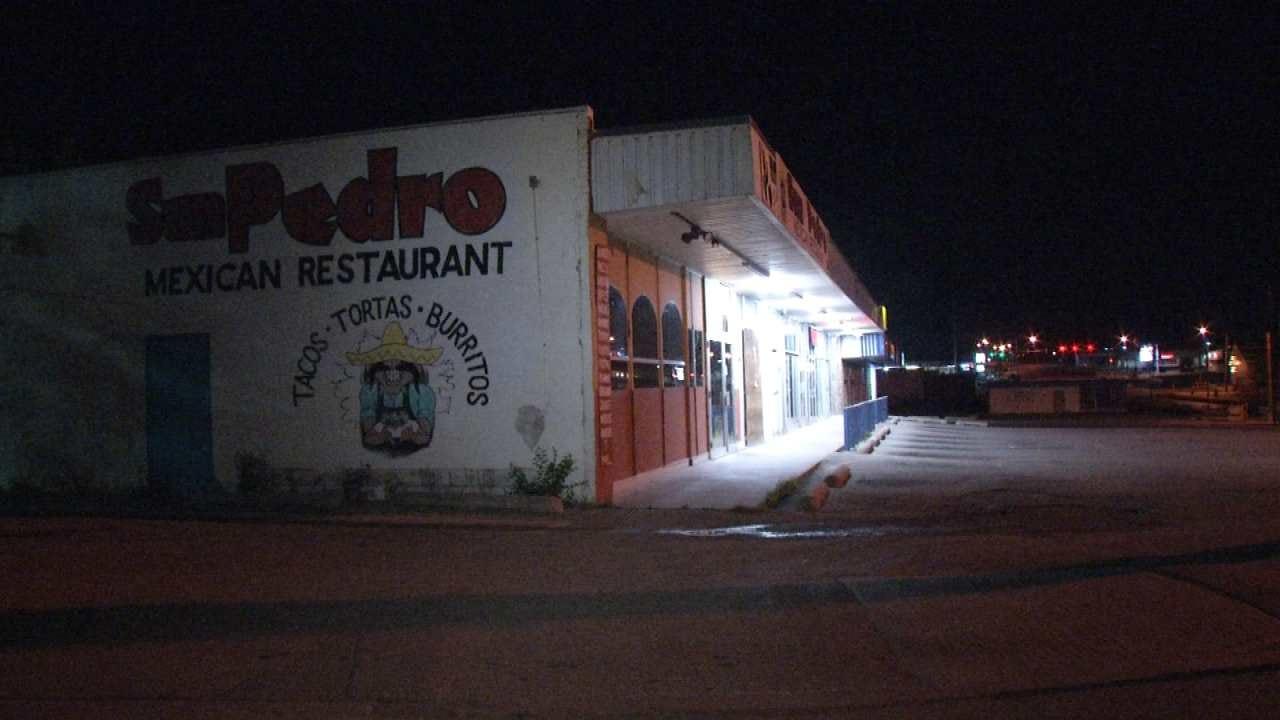 2 Men Spray Paint Tulsa Restaurant After Robbing Employees