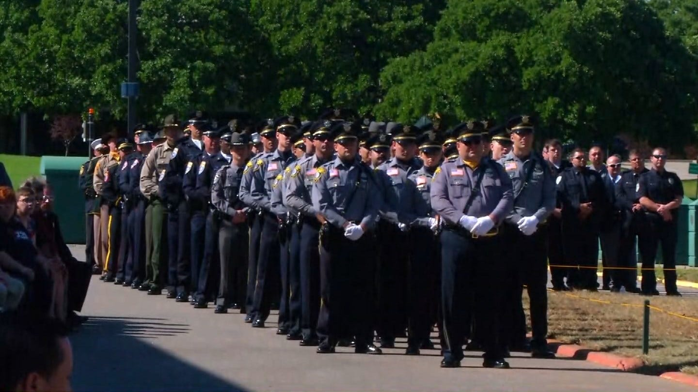 Fallen Oklahoma Officers Honored At Memorial Service