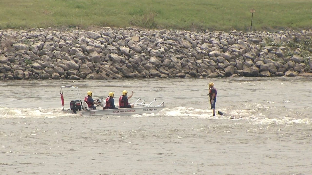 Tulsa Firefighters Train For Water Rescues