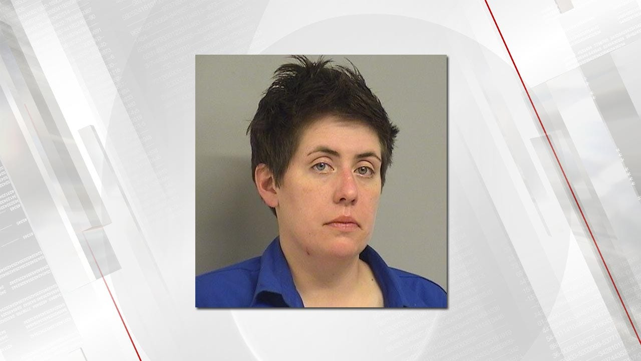 Woman Arrested After Choking, Cutting Girlfriend, Tulsa Police Say