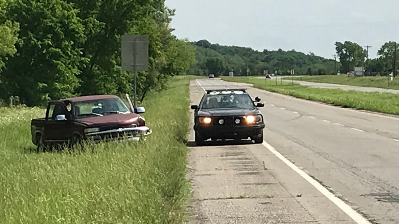 Man Suffers Broken Leg Trying To Rescue Turtle On Highway Near Claremore