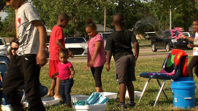 Tulsa McClure Elementary Students, Teachers 'Blast Into Summer'