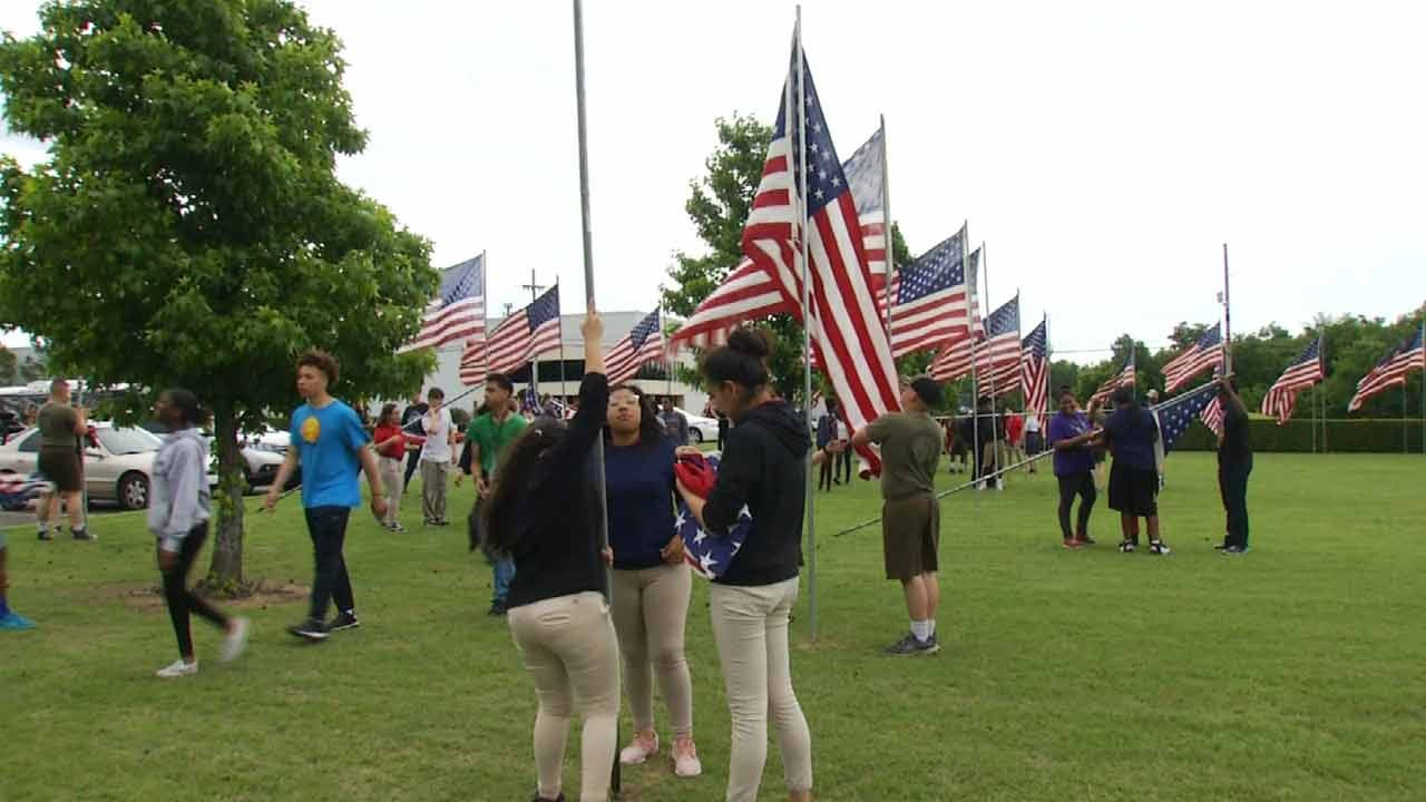 Floral Haven Honoring Veterans With Nearly 4,000 Flags