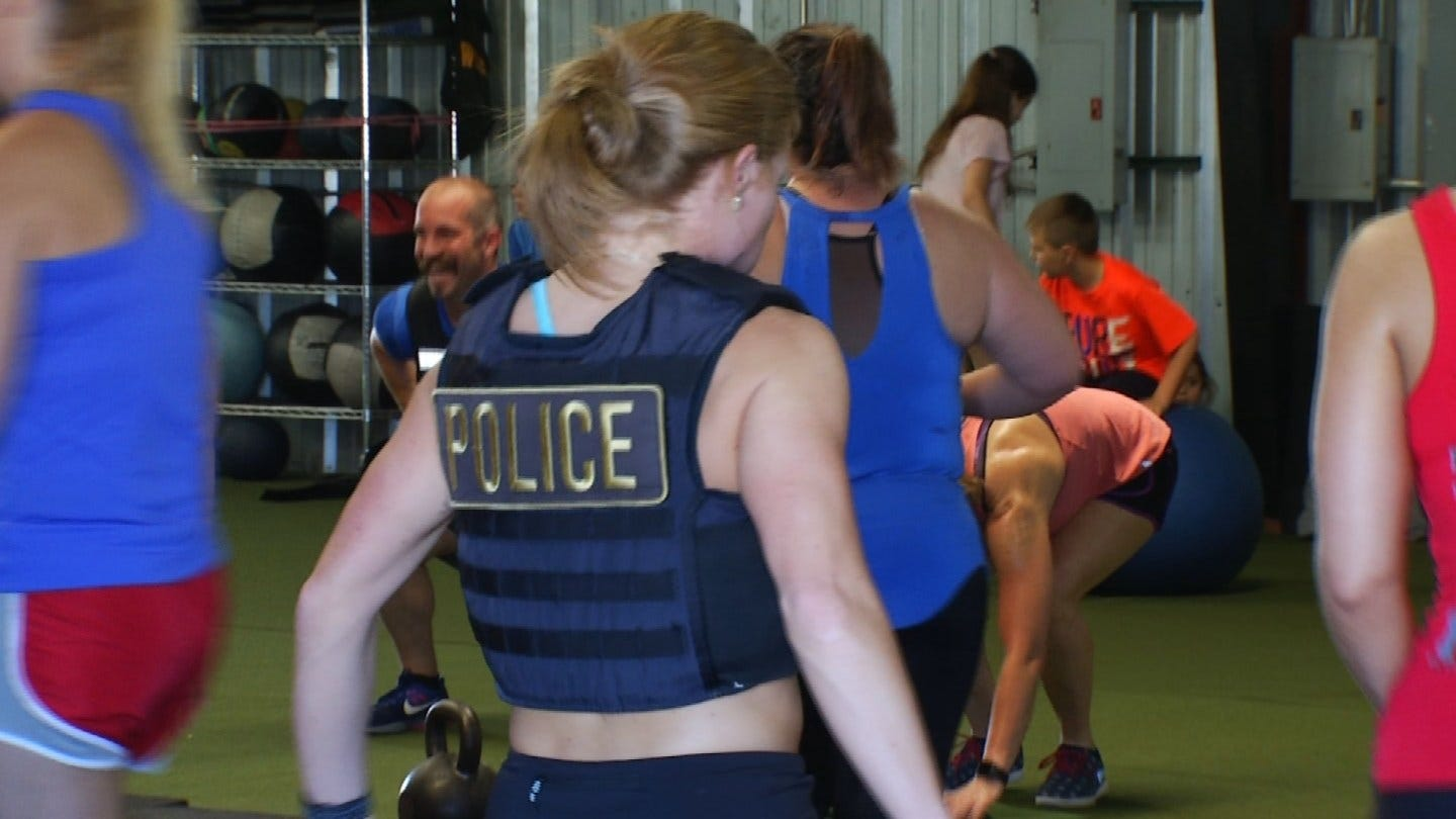Tulsa Area First Responders Participate In The Murph Challenge