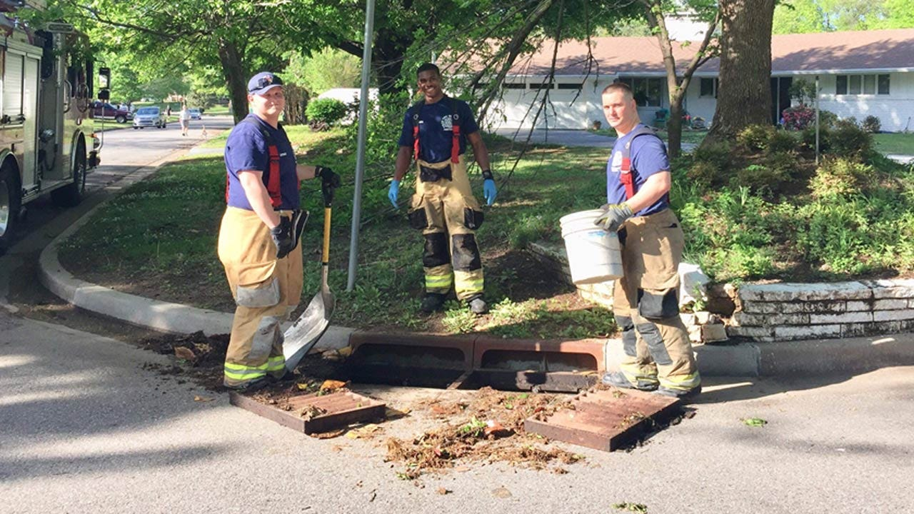 Firefighters Rescue Ducklings From Tulsa Storm Drain