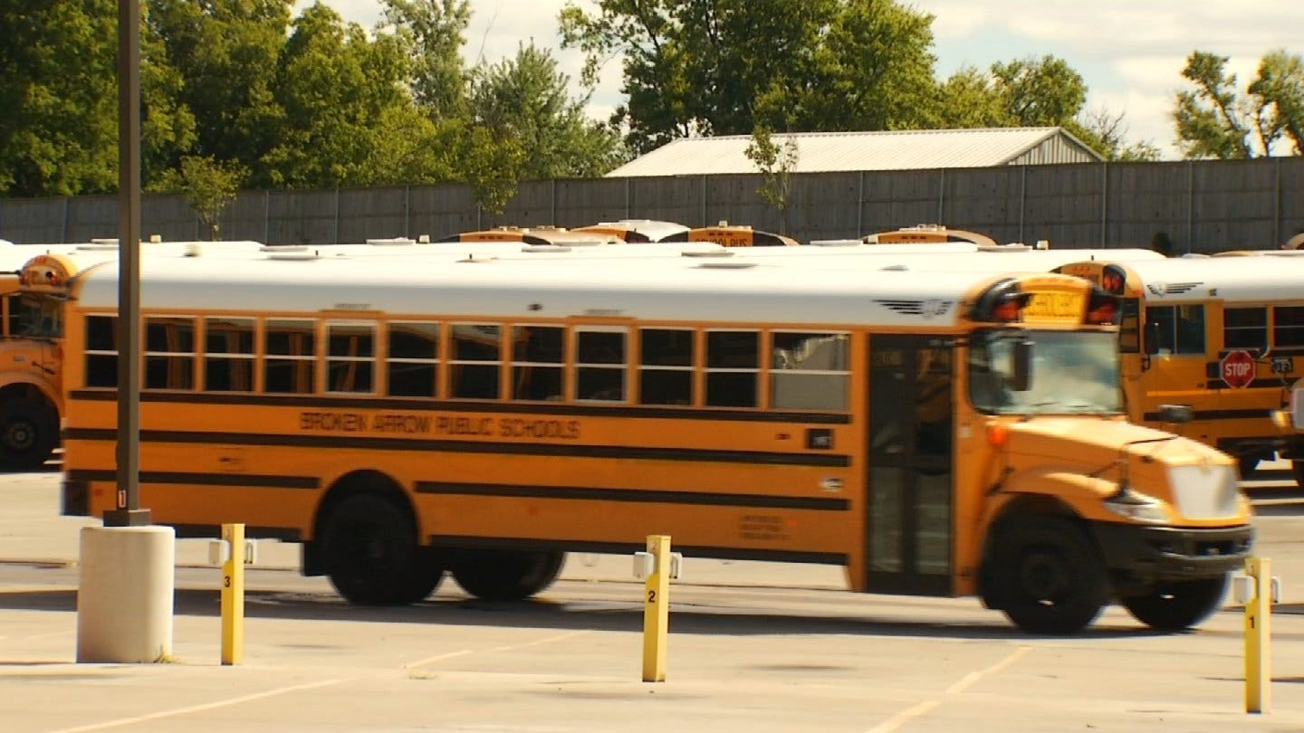 New App Lets Broken Arrow Parents Track Their Kids' School Bus