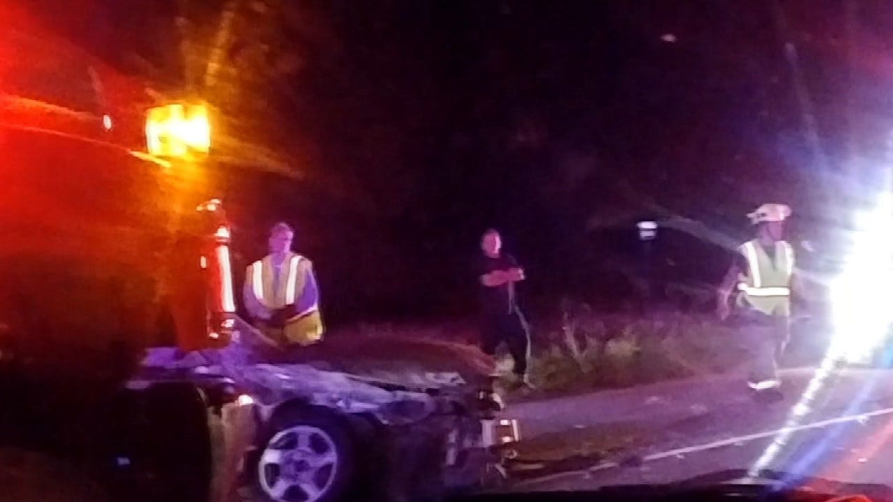 Rogers Co. Highway Crash Injures Pregnant Woman, 3 Others