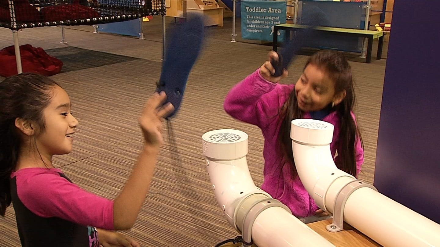 Tulsa Third-Graders First To Explore Discovery Lab Museum