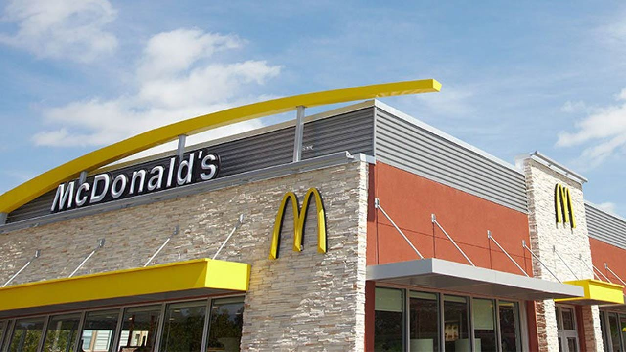 High Tech McDonald's Restaurant Opens In Tulsa