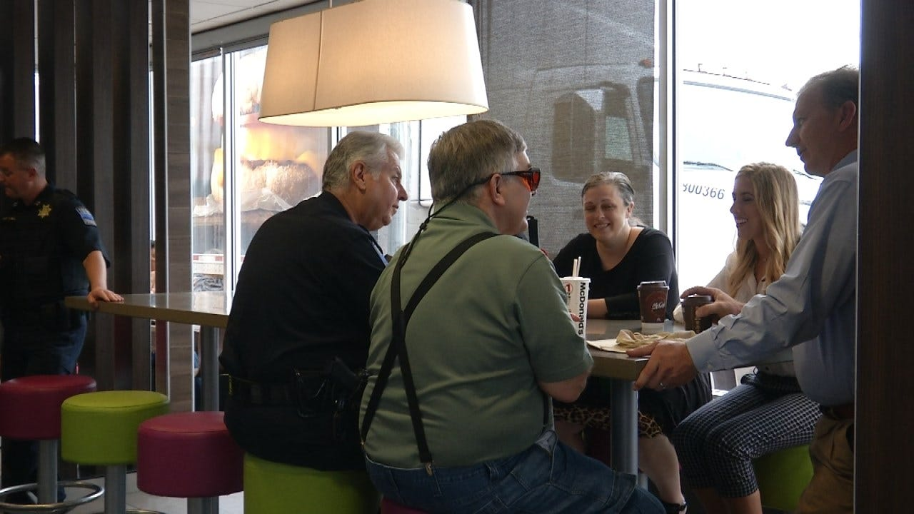 Tulsa Police Holding 'Coffee With A Cop' This Morning