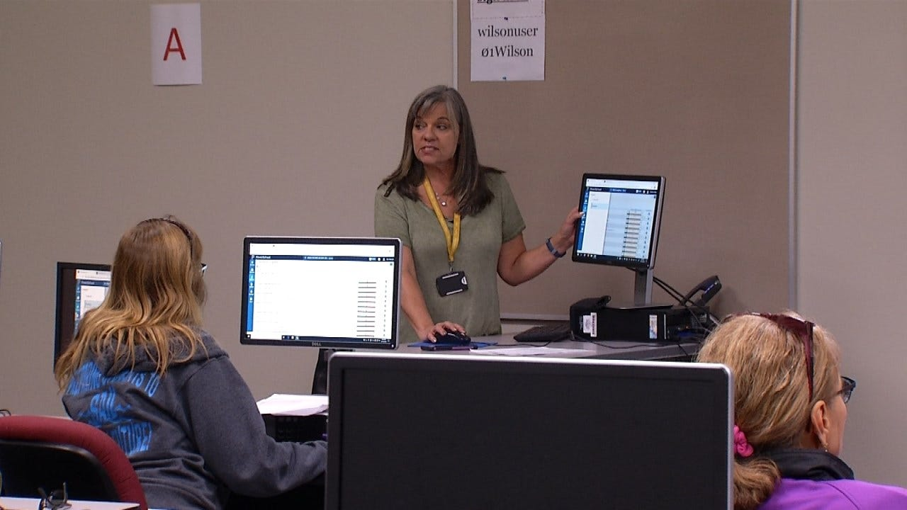 Tulsa Public School Teachers Receive New Grading System Training