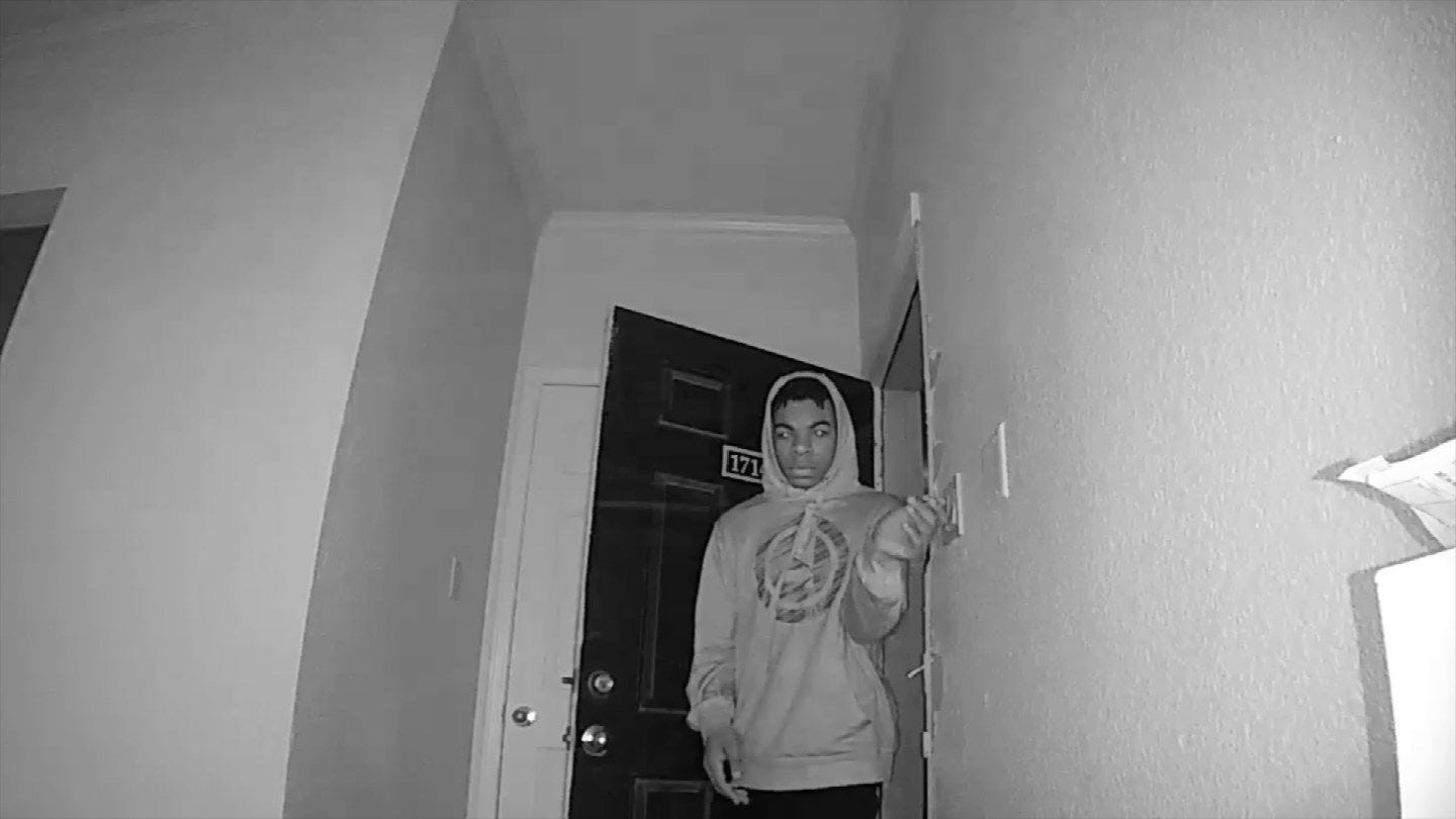 Police: Tulsa Apartment Burglar Caught On Video