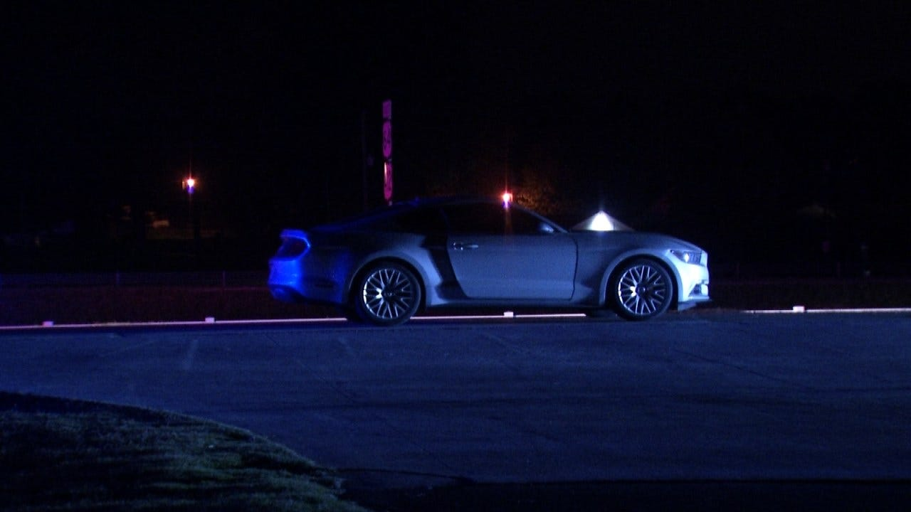 Woman Pushing Car Hit By DUI Driver, Sand Springs Police Say
