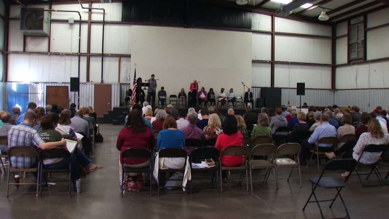Tulsa Group Holds Candidate Forum For 1st Congressional District