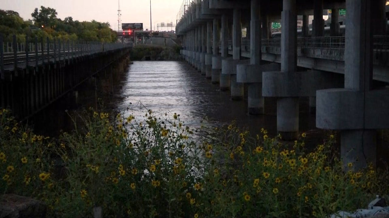 Firefighters Respond To Report Of 2 People Stuck In Arkansas River
